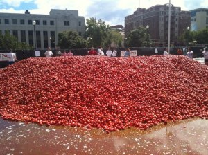Photo huge pile of tomatoes